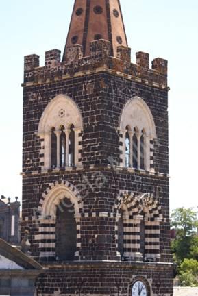 campanile di S. Martino lati nord e ovest.JPG